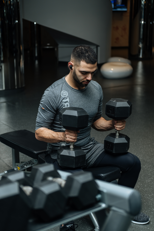 Hvordan får man brystmuskler?Er det sundt at træne hver dag? Håndvægte til hjemmetræning
